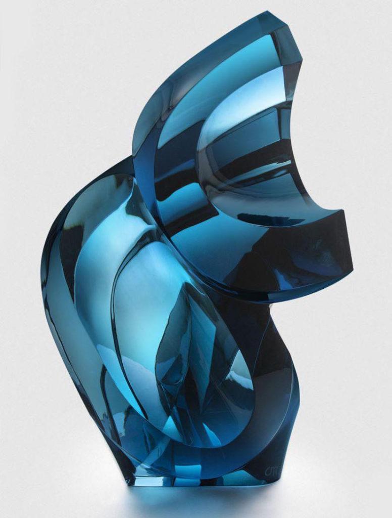 Ramon Orlina - Optical Illusion in Blue
